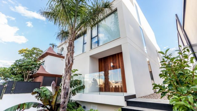 Exclusive modern villa in Alicante City